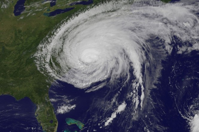 How To Keep You And Your Family Safe During A Hurricane Natural Disasters Hurricane