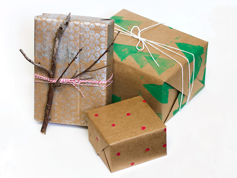 make your own green gift wrap