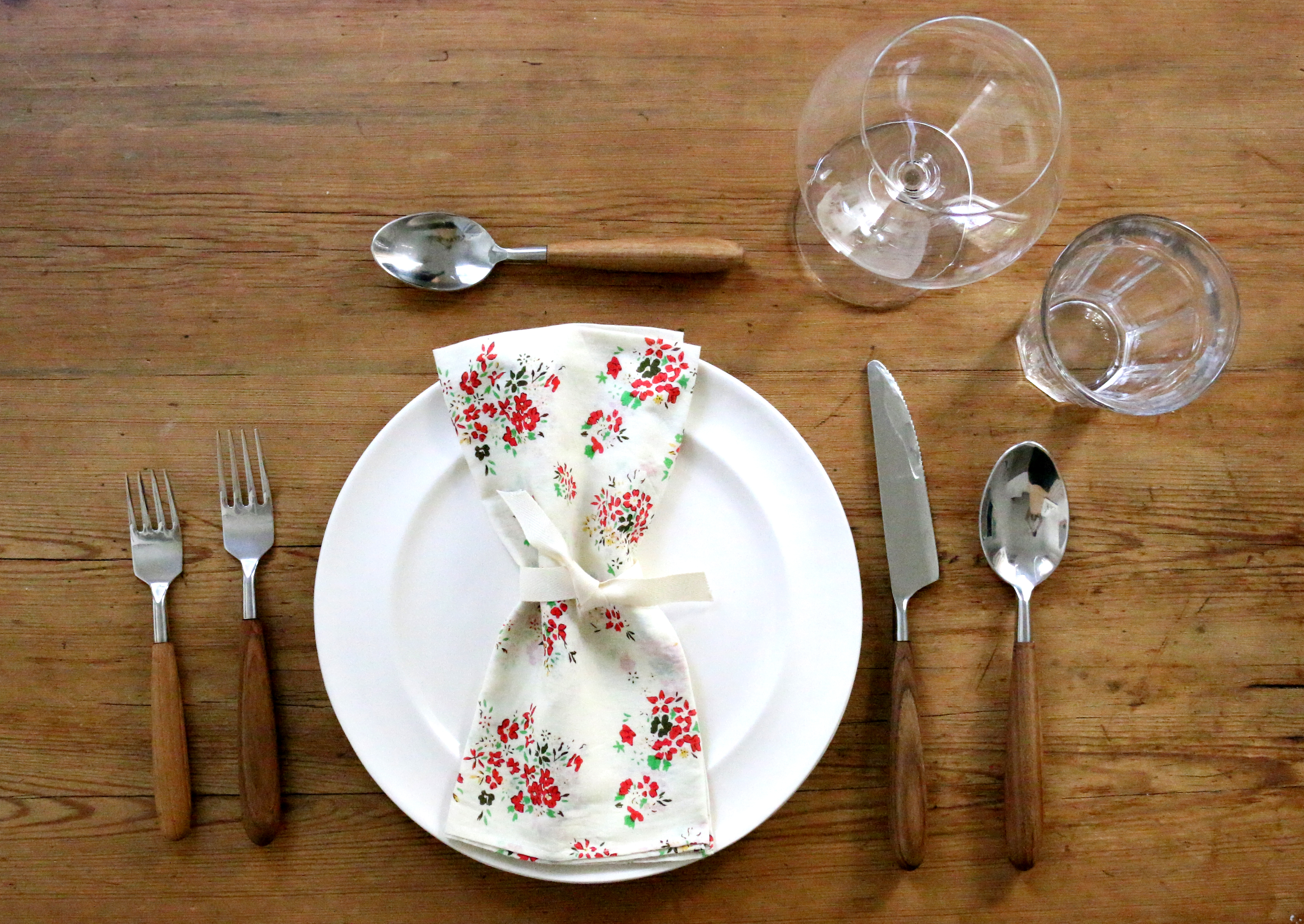 6 Rules To Follow To Set A Table Properly