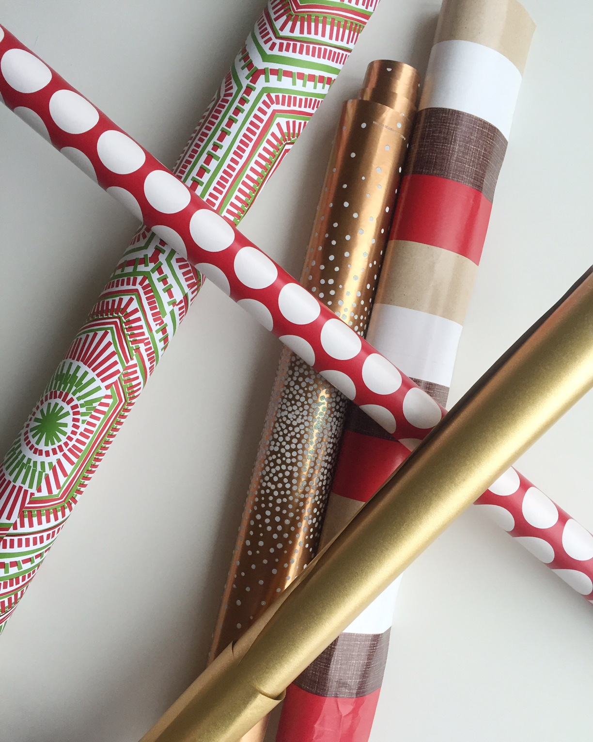streamlining the holidays: gift wrapping