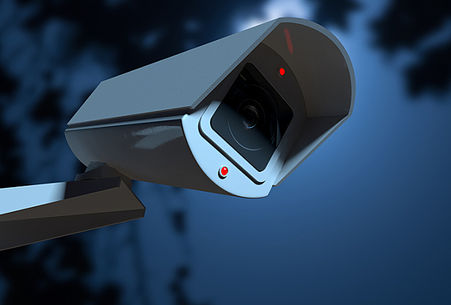 Choosing Between a Wired or Wireless Security Camera System