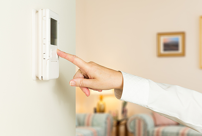 The Cost of Messing With Your Thermostat Settings