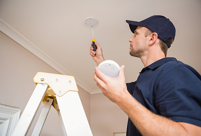 Two Types of Fire Detectors: What They Are and How They Work