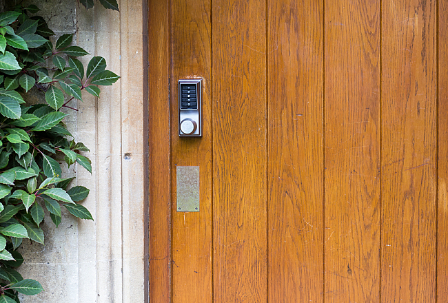 How to Choose Keyless Door Locks That Fit Your Home