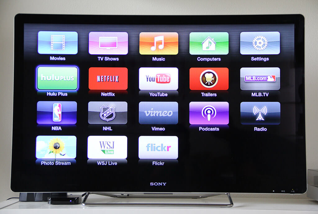 how to turn your dumb TV into a smart TV