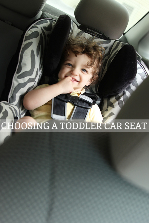 091013_Choosing-a-toddler-car-seat-2